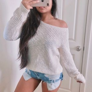 Brandy Melville ivory cozy pullover sweater